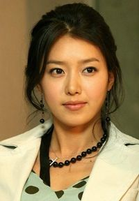Chae Jung Ahn as Han Yoo Joo (Coffee Prince)